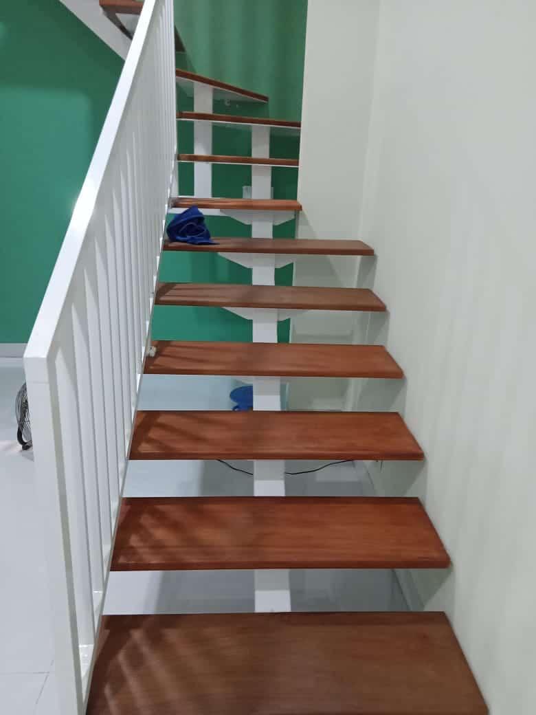 pembuatan-tangga-minimalis-di-bogor